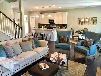 Paran Homes Model at Heritage Pointe