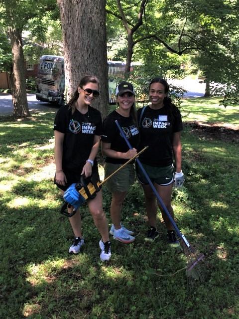 Volunteers at HomeAid Atlanta Care Day