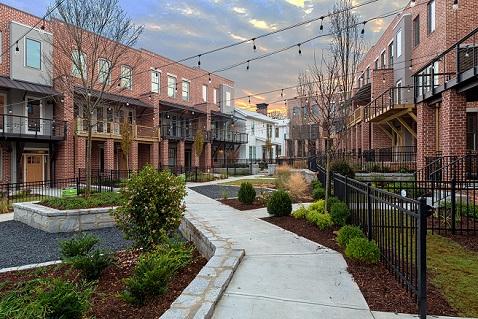 Westside Station by Brock Built Wins OBIE for Community Landscaping