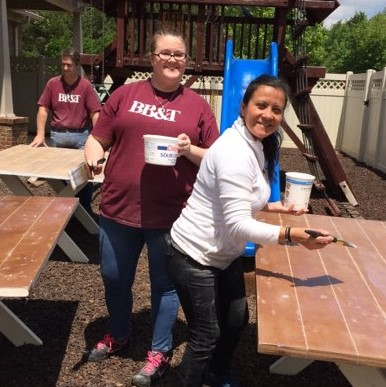 Finishing Tables at HomeAId Care Day