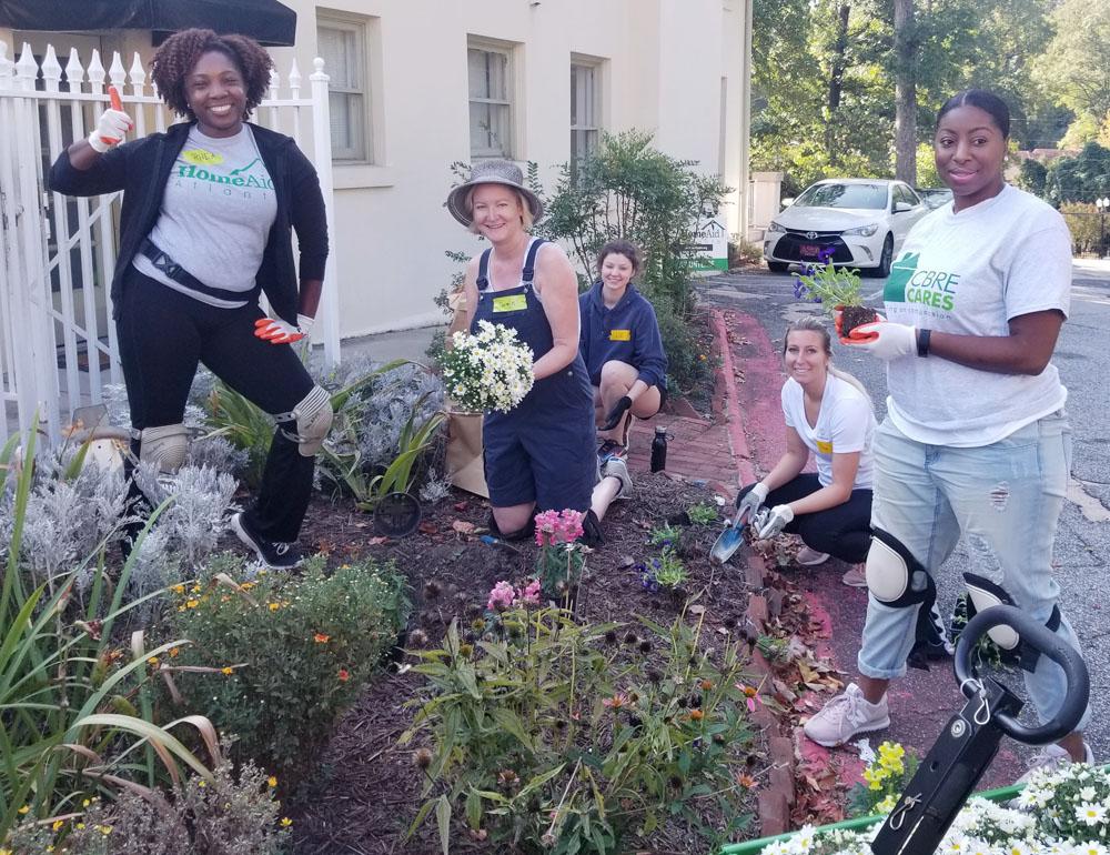 HomeAid Atlanta Hosts Care Day at Jerusalem House