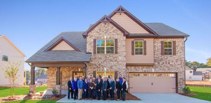 Richardson Housing Group Gives Back During Covid-19 Crisis