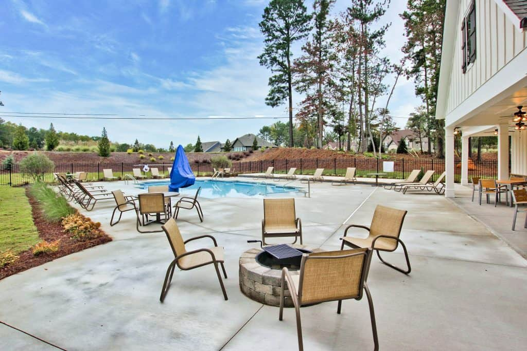 amenities at Courtyards at Camden in Acworth
