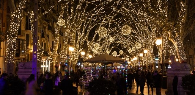 Holiday Lights Around Atlanta