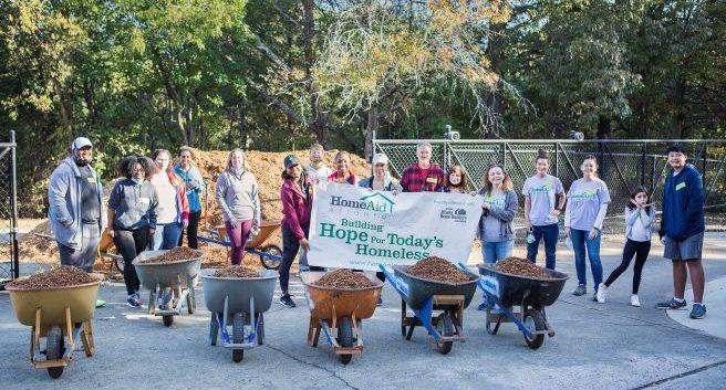 HomeAid Atlanta Care Day Volunteer Group