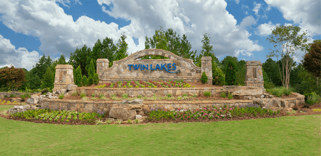 Twin Lakes in Hoschton Community Entrance