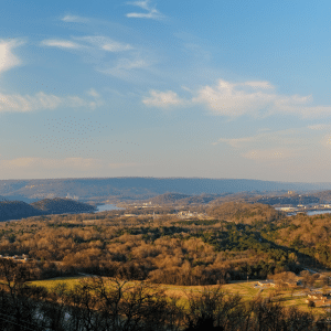 A panoramic view of Chattanooga in northwest Georgia near Cloudland Station